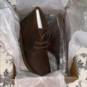 Brand new men's Clark's desert boots